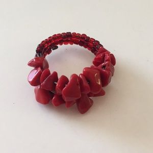 Jewelry - Red stones ring 💍